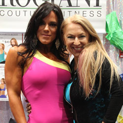 Elisabetta with Jessica Curry Ifbb Pro